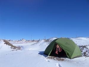 Un reveil en tente sous la neige